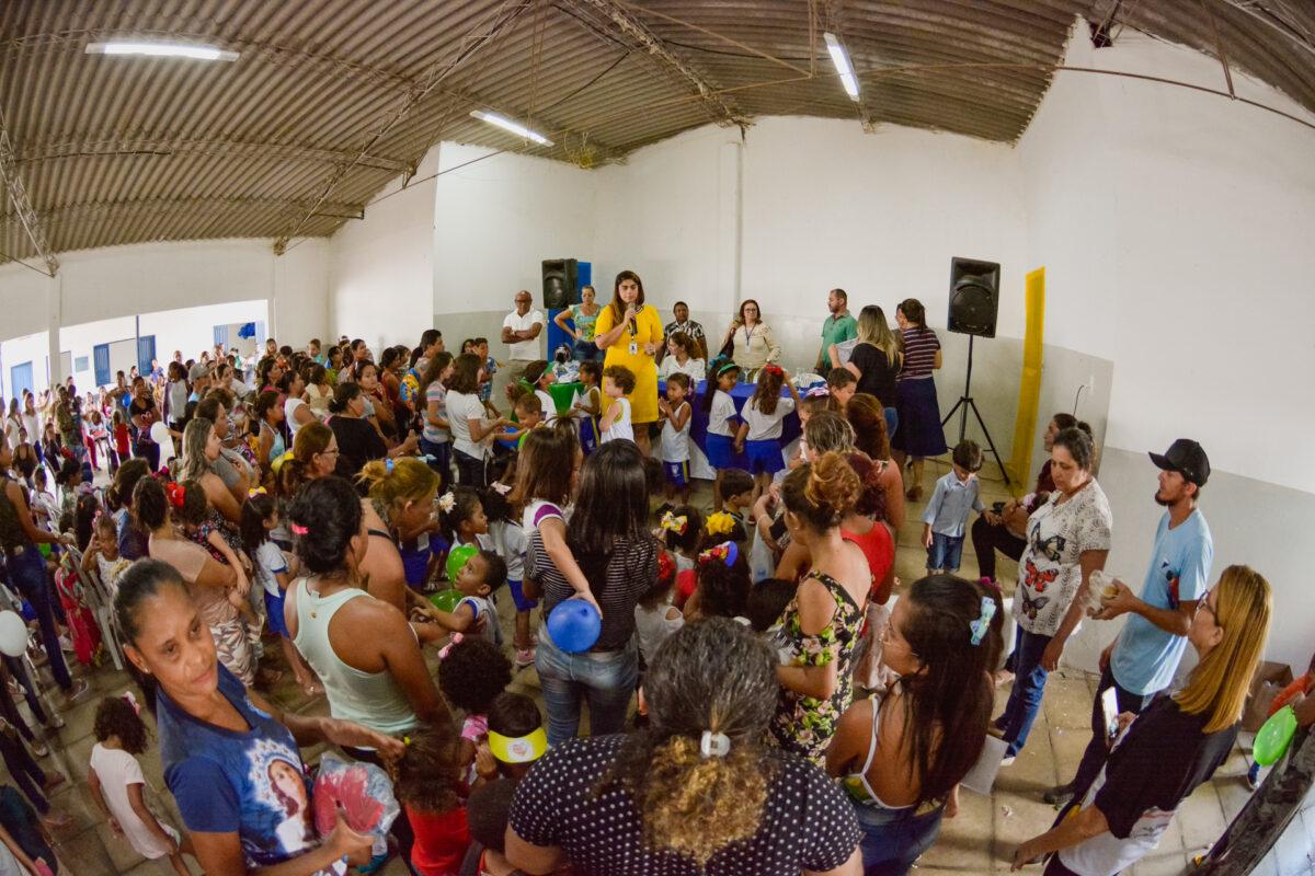 NA VOLTA ÀS AULAS, PREFEITURA DE ARARIPINA ENTREGA NOVOS UNIFORMES PARA ALUNOS DA REDE MUNICIPAL