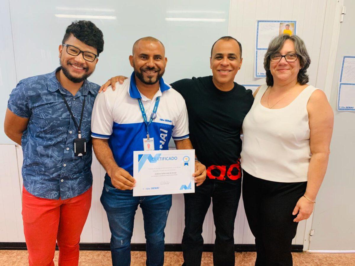 DE CATADOR DE LIXO A PROFESSOR: DOCENTE DO SENAI ARARIPINA MOSTRA QUE A EDUCAÇÃO TRANSFORMA VIDAS