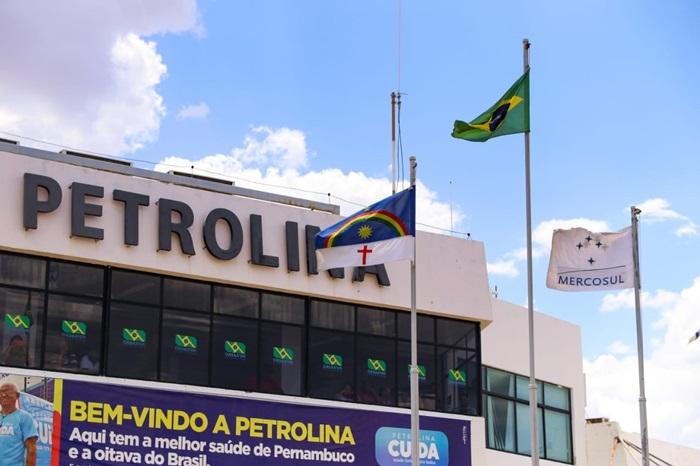 PREFEITO MIGUEL COELHO COBRA À ANAC FECHAMENTO DO AEROPORTO DE PETROLINA