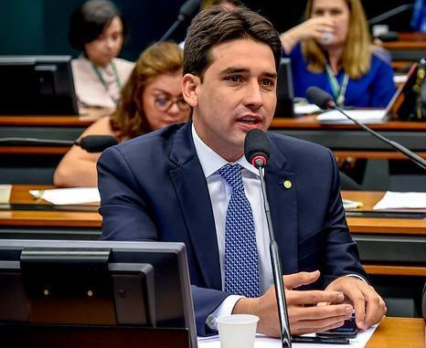 SILVIO COSTA FILHO DESTINA R$1 MILHÃO PARA O GOVERNO DE PERNAMBUCO COMBATER O CORONAVÍRUS