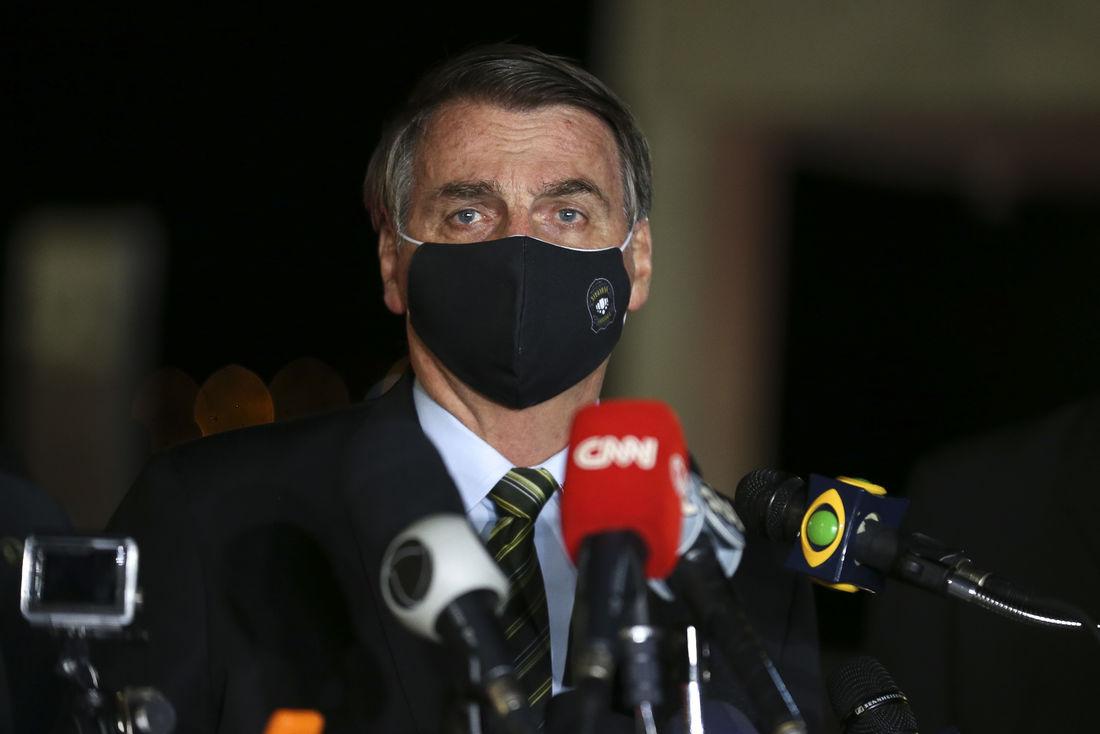 JUSTIÇA DETERMINA QUE JAIR BOLSONARO USE MÁSCARA EM ESPAÇOS PÚBLICOS NO DF